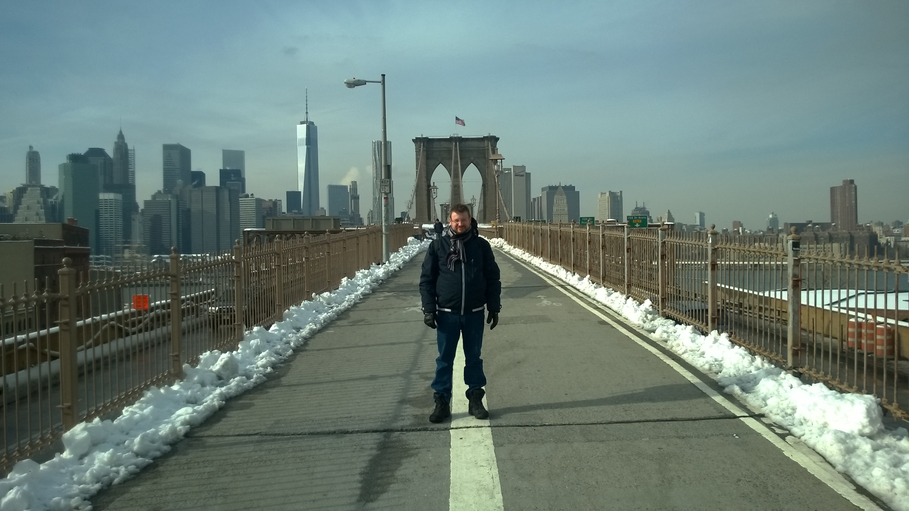 My friend Tue at the Brooklyn Bridge